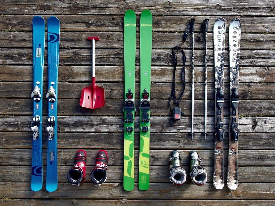 Ski Buyers Guide