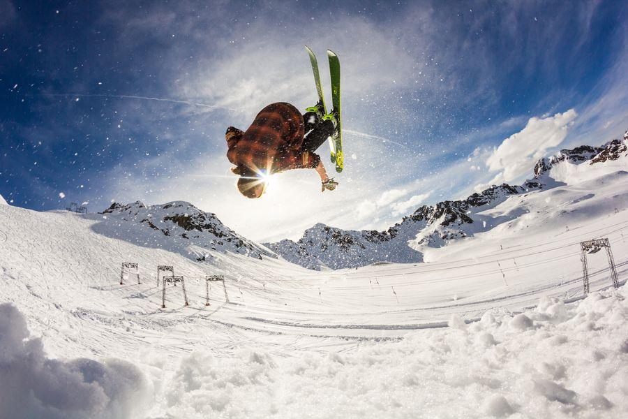 Best skis guide expert skier level